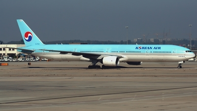 HL7532 - Boeing 777-3B5 - Korean Air