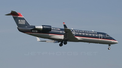 N242JS - Bombardier CRJ-200ER - US Airways Express (PSA Airlines)