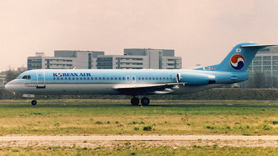 PH-EZI - Fokker 100 - Korean Air