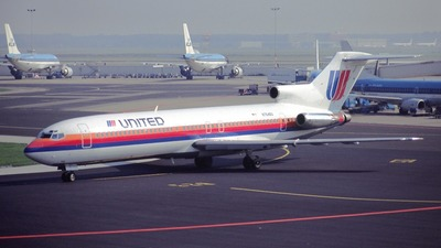 N7646U - Boeing 727-222 - United Airlines