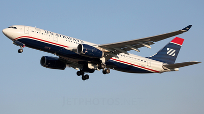 N285AY - Airbus A330-243 - US Airways