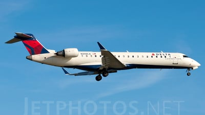 N398CA - Bombardier CRJ-701 - Delta Connection (ExpressJet Airlines)