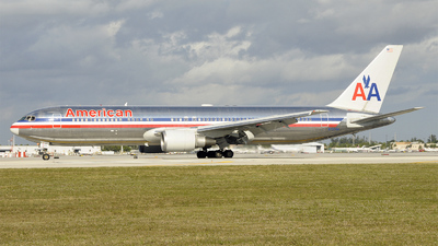 N7375A - Boeing 767-323(ER) - American Airlines