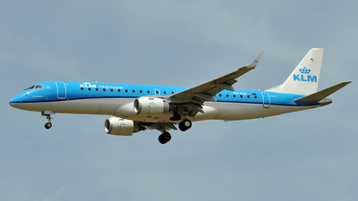 PH-EXE - Embraer 190-100STD - KLM Cityhopper