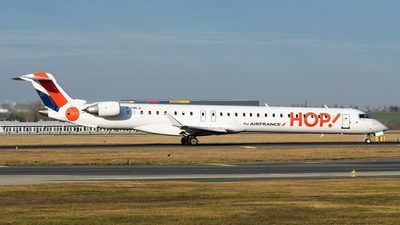 F-HMLA - Bombardier CRJ-1000 - HOP! for Air France
