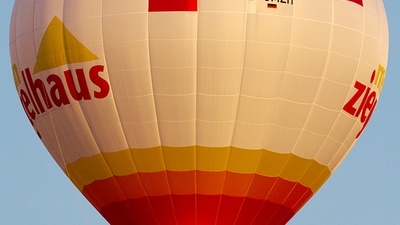 D-OMZH - Schroeder Fire Balloons G - Private
