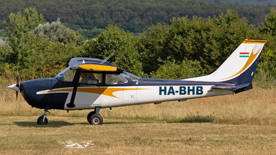 HA-BHB - Cessna 172K Skyhawk - Private
