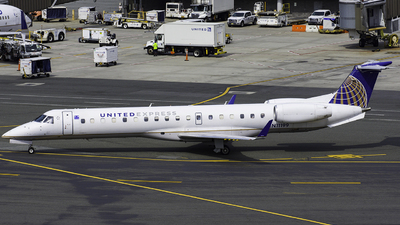 N11199 - Embraer ERJ-145XR - United Express (Commutair)