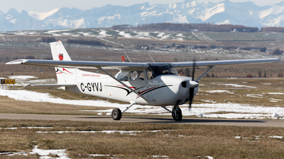 C-GYVJ - Cessna 172N Skyhawk II - Calgary Flying Club