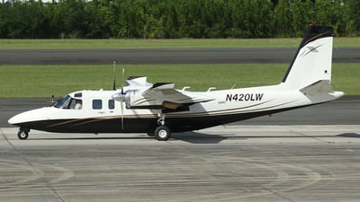 N420LW - Rockwell 690B Turbo Commander - Private