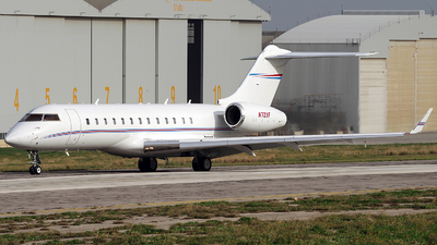 N72XF - Bombardier BD-700-1A10 Global 6000	 - Private