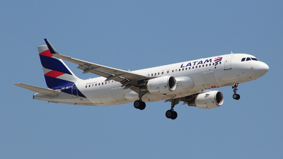 PR-MYY - Airbus A320-214 - LATAM Airlines
