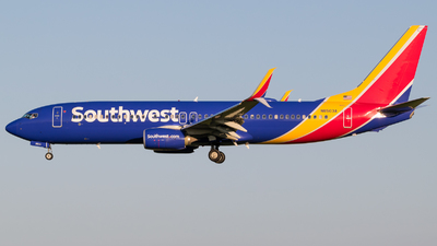 N8503A - Boeing 737-8H4 - Southwest Airlines