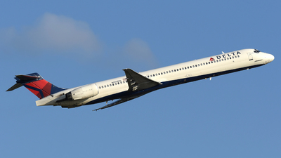 N950DN - McDonnell Douglas MD-90-30 - Delta Air Lines