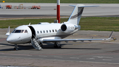 T7-DYN - Bombardier CL-600-2B16 Challenger 604 - Private