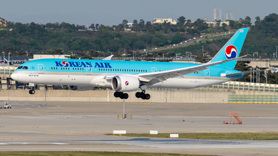 HL7208 - Boeing 787-9 Dreamliner - Korean Air
