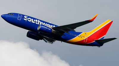 N476WN - Boeing 737-7H4 - Southwest Airlines