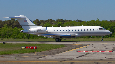 N205EL - Bombardier BD-700-1A11 Global 5000 - Private