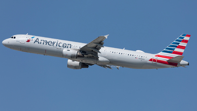 N186US - Airbus A321-211 - American Airlines