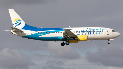 N285XA - Boeing 737-4Q8 - Swift Air