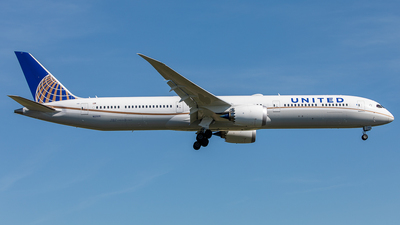 N12005 - Boeing 787-10 Dreamliner - United Airlines