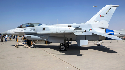 3007 - Lockheed Martin F-16F Desert Falcon - United Arab Emirates - Air Force