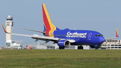 N905WN - Boeing 737-7H4 - Southwest Airlines