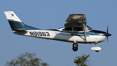 N91963 - Cessna 182M Skylane - Private