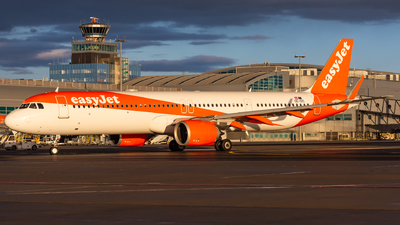 OE-ISC - Airbus A321-251NX - easyJet Europe