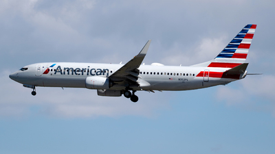 N352PS - Boeing 737-823 - American Airlines