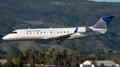 N464SW - Bombardier CRJ-200ER - United Express (SkyWest Airlines)