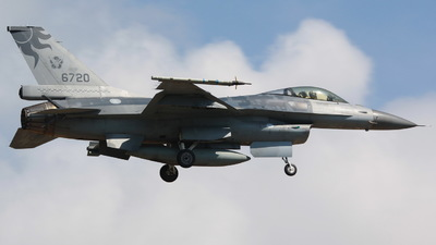 6720 - General Dynamics F-16A Fighting Falcon - Taiwan - Air Force