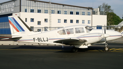 F-BLLJ - Piper PA-23-250 Aztec C - Private