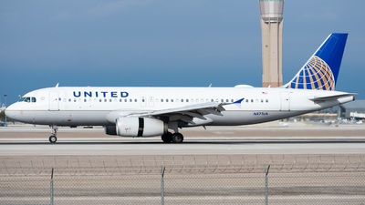 N471UA - Airbus A320-232 - United Airlines