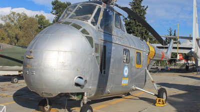 952 - Sikorsky UH-19B Chickasaw - Greece - Air Force