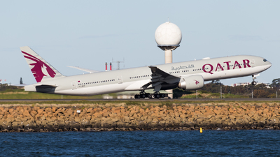 A7-BEN - Boeing 777-3DZER - Qatar Airways