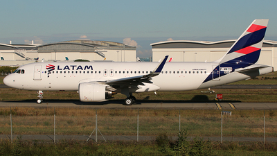 F-WWDO - Airbus A320-273N - LATAM Airlines