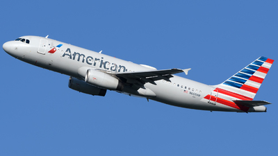 N669AW - Airbus A320-232 - American Airlines