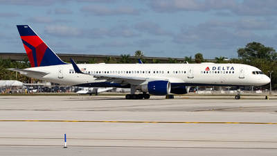 N552NW - Boeing 757-251 - Delta Air Lines