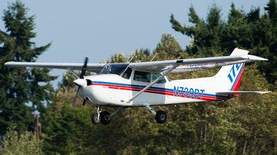 N739BT - Cessna 172N Skyhawk II - BEFA - Boeing Employees Flying Association