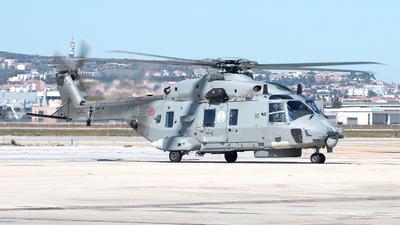 MM81601 - NH Industries SH-90A - Italy - Navy
