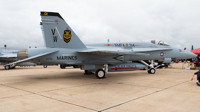 161749 - McDonnell Douglas F/A-18A Hornet - United States - US Marine Corps (USMC)