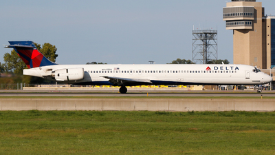 N948DN - McDonnell Douglas MD-90-30 - Delta Air Lines