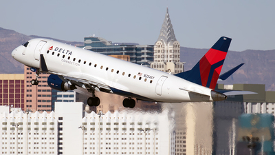 N254SY - Embraer 170-200LR - Delta Connection (SkyWest Airlines)