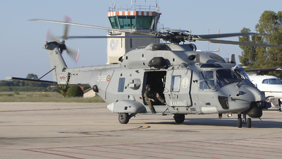 MM81628 - NH Industries MH-90A - Italy - Navy