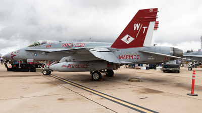 165195 - McDonnell Douglas F/A-18C Hornet - United States - US Marine Corps (USMC)