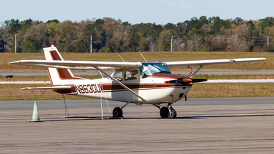 N8630U - Cessna 172F Skyhawk - Ocala Aviation Services