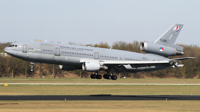 T-235 - McDonnell Douglas KDC-10-30(CF) - Netherlands - Royal Air Force