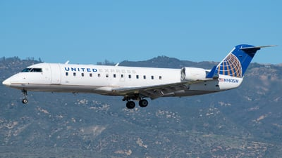 N983SW - Bombardier CRJ-200ER - United Express (SkyWest Airlines)