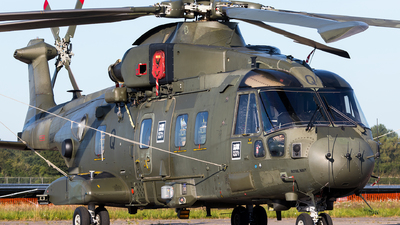 ZJ132 - Agusta-Westland Merlin HC.3 - United Kingdom - Royal Navy